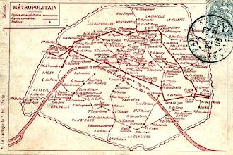 Paris : Evolution du plan de métro parisien, un voyage graphique à travers le temps