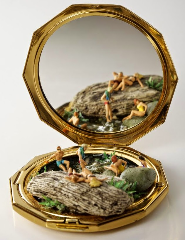 08-Kendal-Murray-Surreal-Miniature-Worlds-in-Everyday-Objects-www-designstack-co