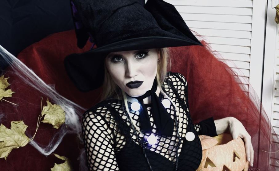 AbyAction Model GlamourCams