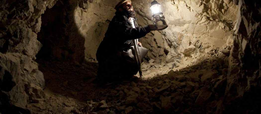 Μέσα στις υπόγειες στοές των τζιχαντιστών στη Συρία (Βίντεο)