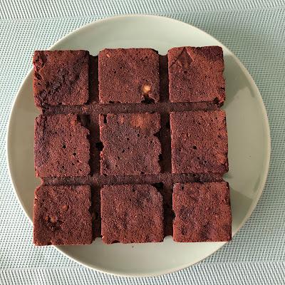 Brownie aux éclats de noisettes et son ingrédient mystère le brocoli