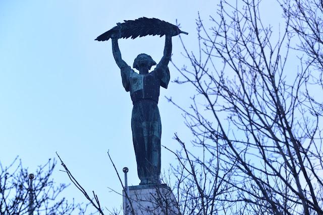 STATUA-LIBERTA'-BUDAPEST