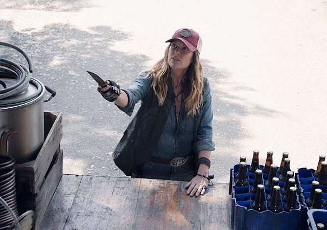 Sarah (Mo Collins) nell'episodio 11