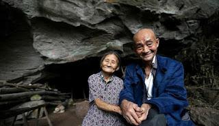 Hidup di Gua Selama 54 Tahun, Pasangan Ini Enggan Pindah