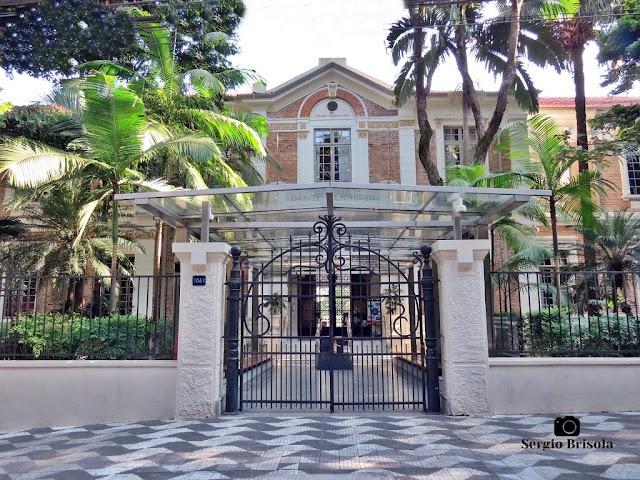 Vista da entrada e fachada do Colégio Dante Alighieri - Jardim Paulista - São Paulo