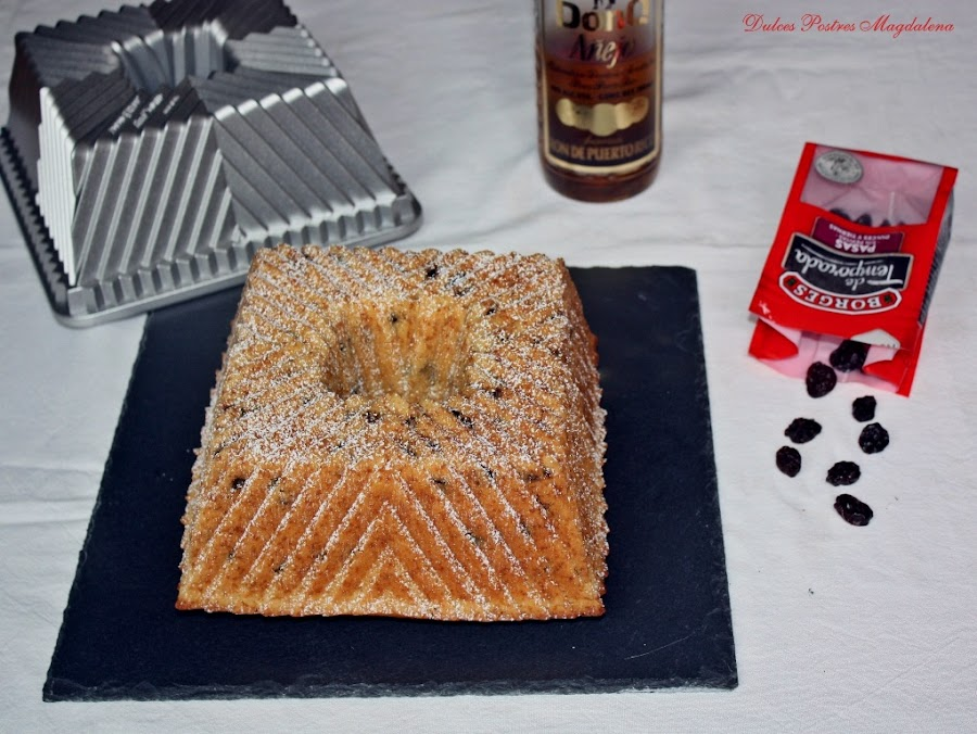 bundt cake de ron con pasas