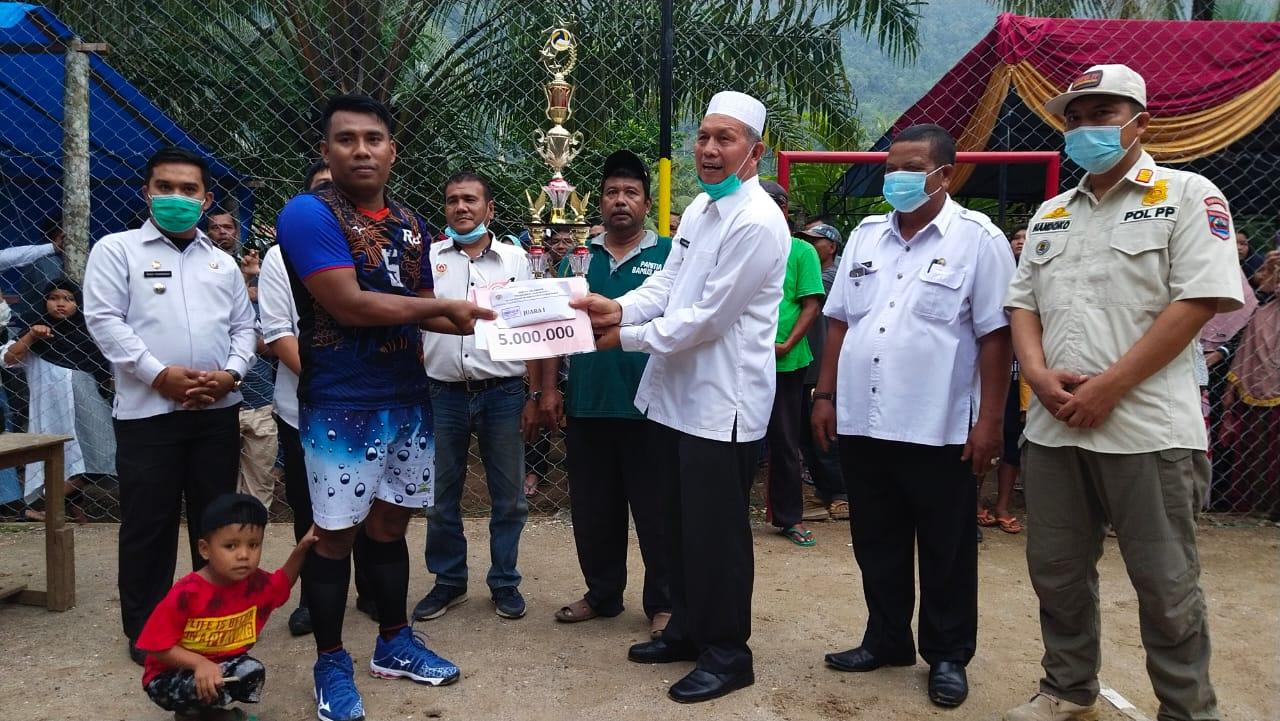 Bupati Hamsuardi Resmi Tutup Turnamen Volley Ball Bamus Cup 1 Rabi Jonggor