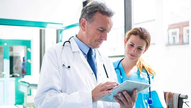 Hemşireler  ve Doktorlar Neden Terlik Giyer ?