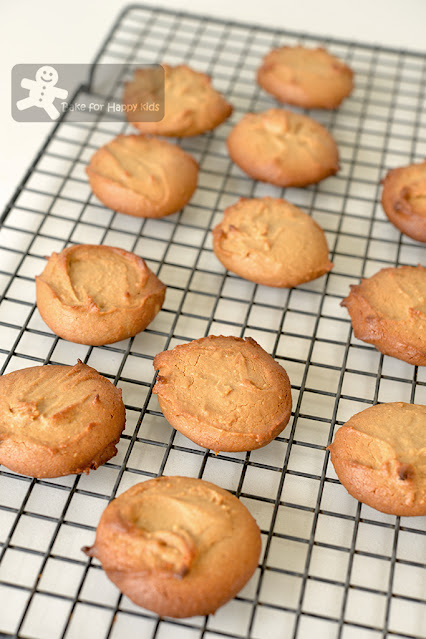 2 two ingredient peanut butter honey cookies fast quick easy healthy no sugar no butter less sugar