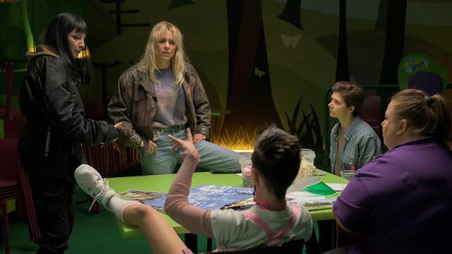Zulema (Najwa Nimri), Goya (Itziar Castro) y Maca (Maggie Civantos) en 'Vis a Vis: Oasis'