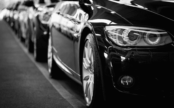 4 Cara Cerdas Memilih Rental Mobil Terpercaya, Liburan dan Kantong pun Menyenangkan