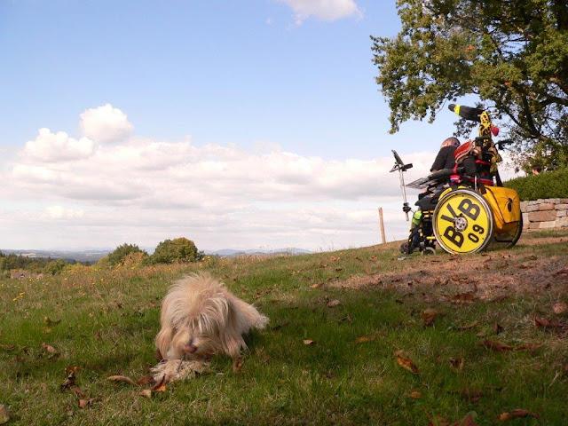 behindert schwester körperbehindert lebenswille lebensmut ein ganzes halbes jahr