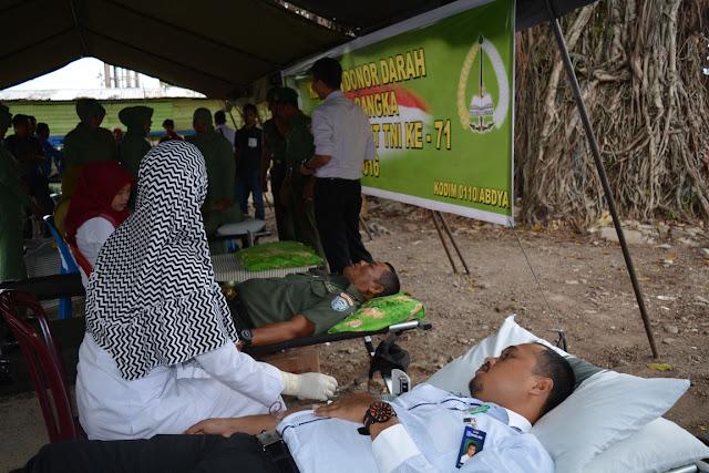 Sambut HUT TNI, Kodim Abdya Sumbang 100 Kantong Darah