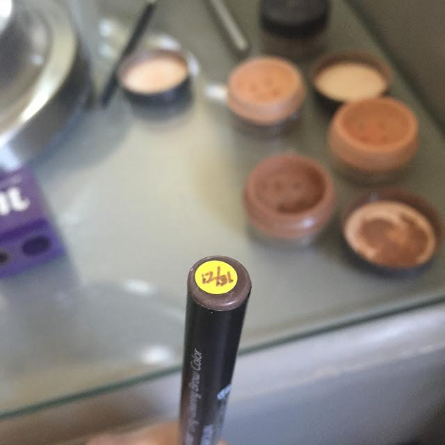Labeling Make Up :: OrganizingMadeFun.com