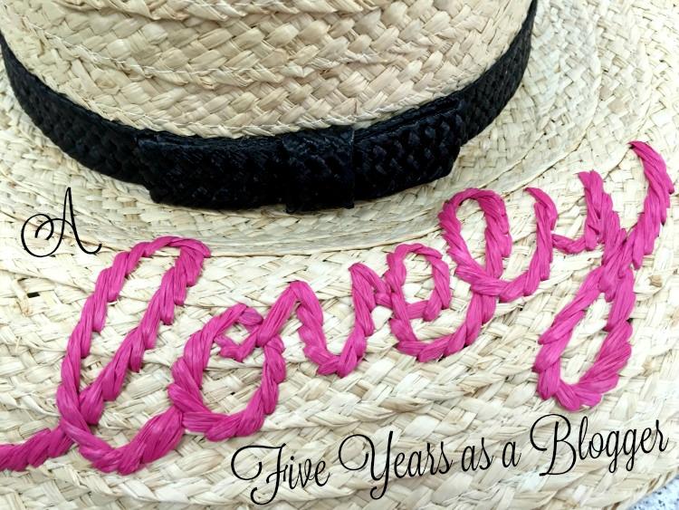 A Vintage Nerd, Vintage Blog Anniversary, eShakti Black Dress, Kate Spade Red Purse, Kate Spade Summer Hat Lovely, Retro Fashion Blog