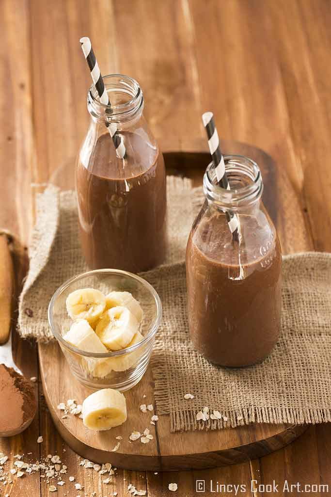 how to make chocolate banana oats smoothie