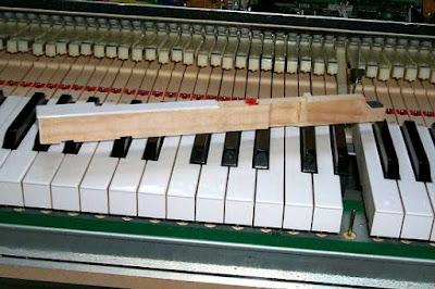 Giúp bạn hiểu rõ hơn về piano điện phím gỗ