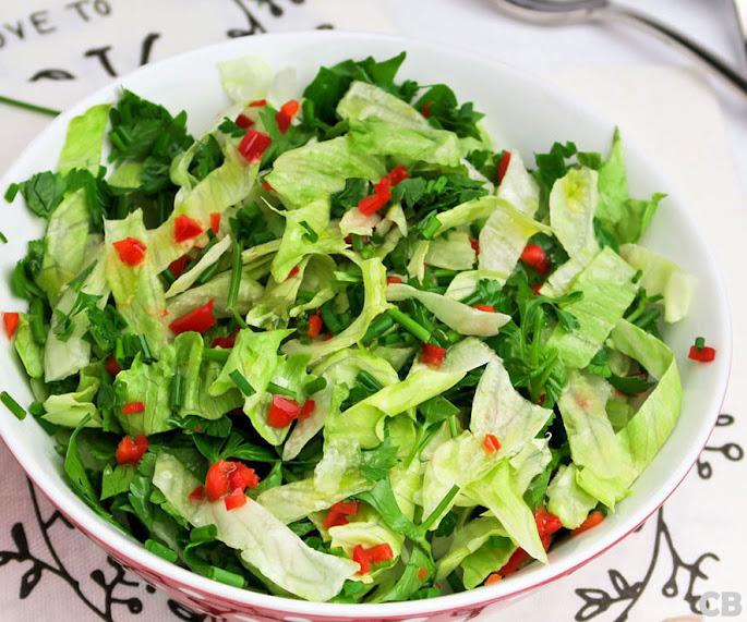 Recept Zomerse kruidensla: gezond, snel en lekker!