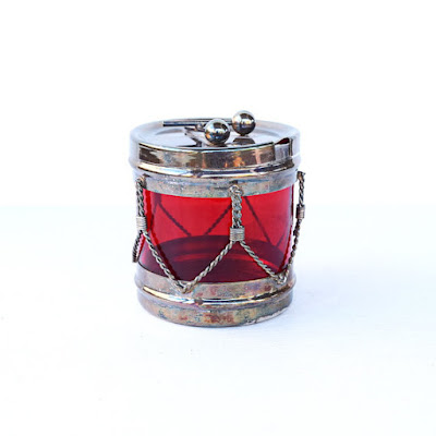 https://www.etsy.com/listing/264110908/sugar-bowl-j-b-rogers-silver-co-drum-red?ref=teams_post