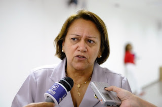 Em Nova Palmeira, professora repudia comentários maldosos contra a conterrânea Fátima Bezerra e sua terra natal