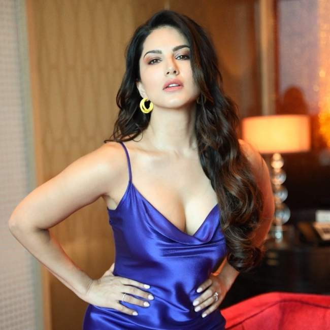 sunny leone birthday special viral pic