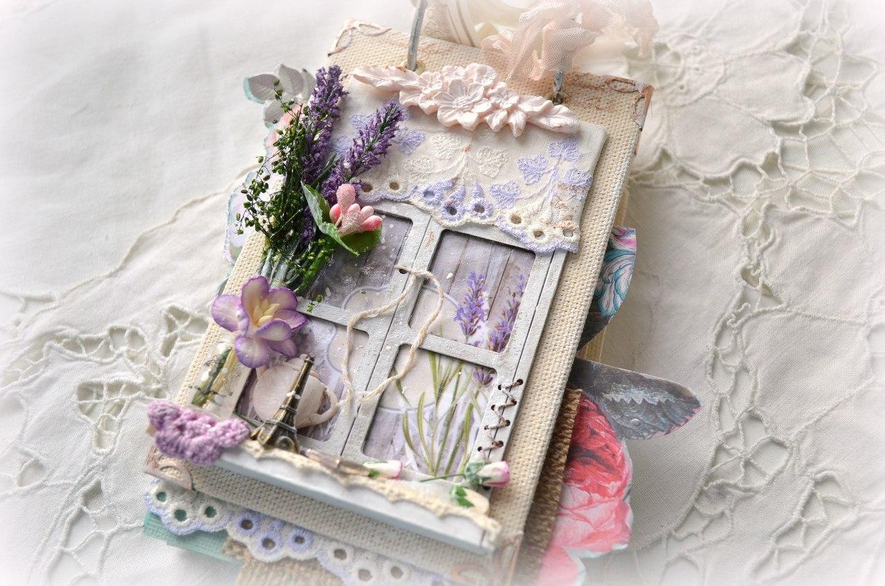 Скрапбукинг открытка с лавандой