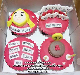 Cupcake Ulang Tahun Teman Perempuan