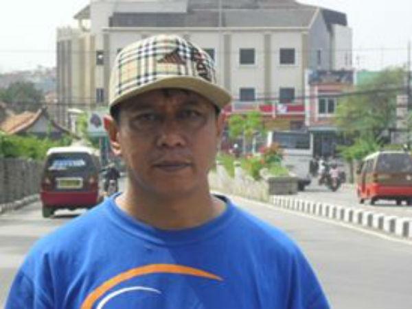 Menyebarkan bahasa Indonesia