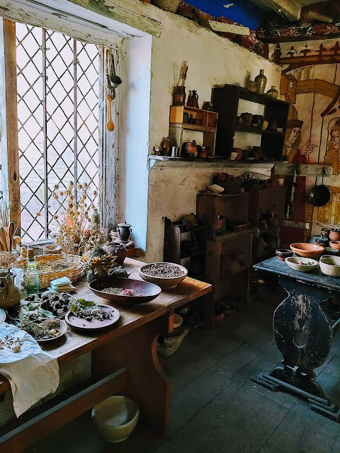 tudor still room