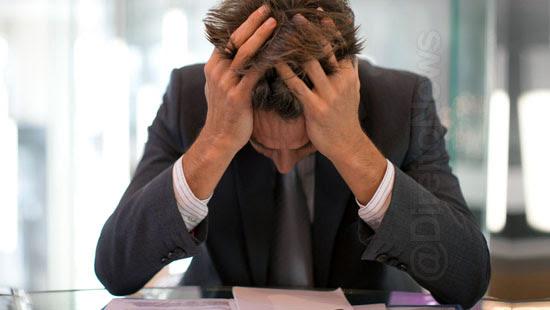 pandemia aumenta preocupacao saude mental advogados