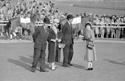 queen mother at the races