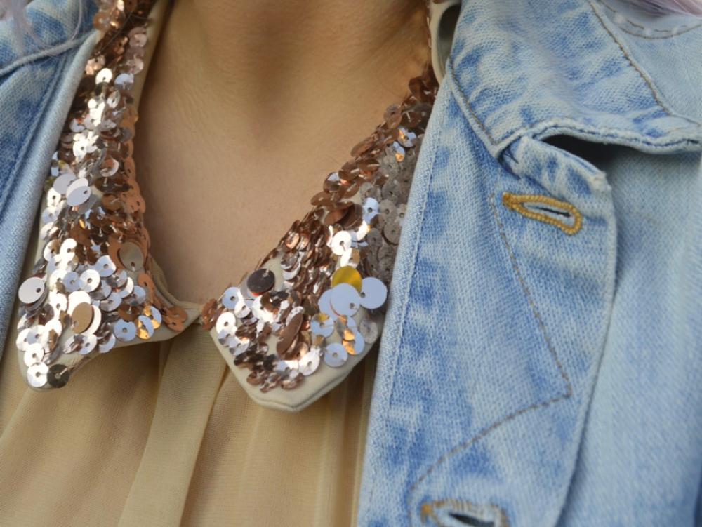 Denim Herbst & Shirtkleid mit Pailettenkragen - Details Close Up Paillettenkragen & Denim Jacket