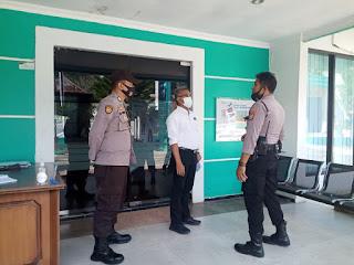Antisipasi Gangguan Kamtibmas, Kanit Sabhara Polsek Enrekang Patroli Kantor PLN Enrekang