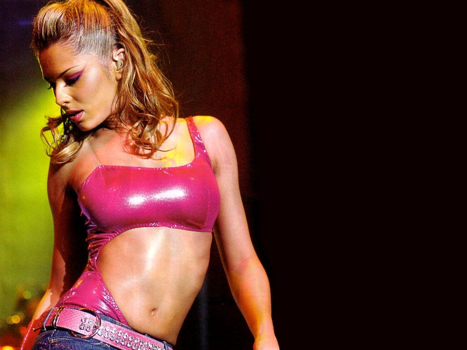 Cheryl Cole Seducing Hot Pics 2016 in pink bikini bra
