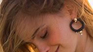 Emma Watson Smiley Face Wallpaper