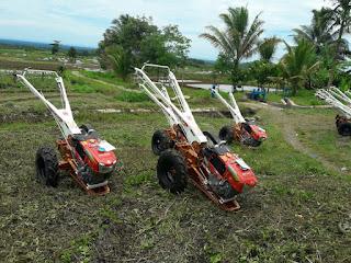 Mekanisasi Pertanian Berperan menghapus Kearifan Lokal