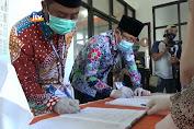 Datang Bersama Ratusan Pendukung, Setia-Negara Resmi Daftar Di KPU Tuban