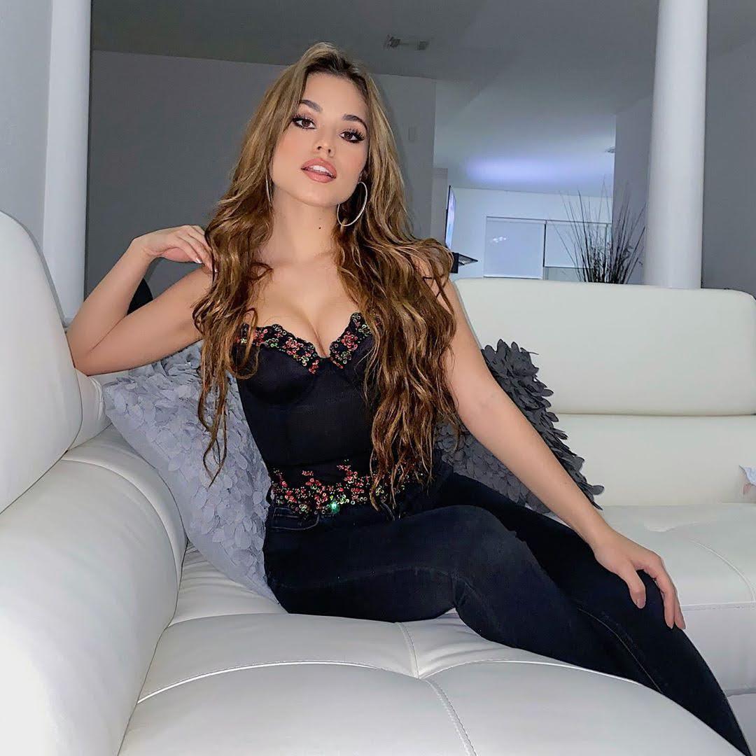 Ariel Yasmine 7
