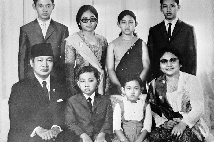 soeharto dan keluarga cendana
