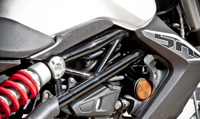Benelli BN 302: appealing to more than one!