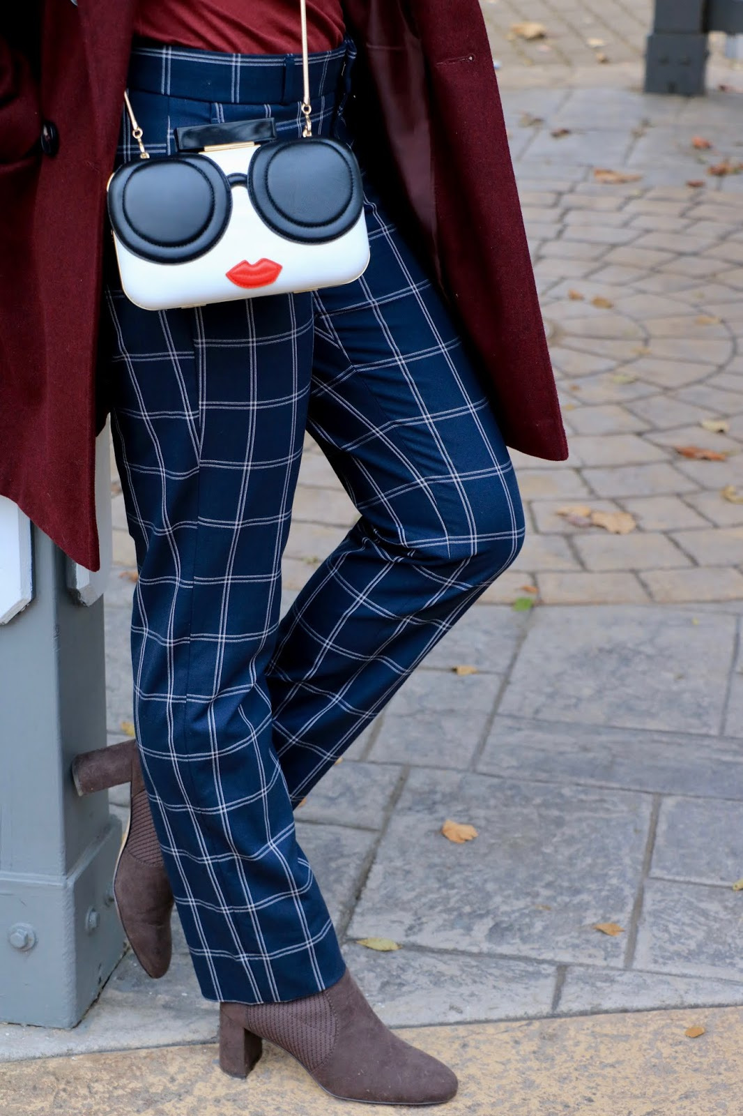 Nyc fashion blogger Kathleen Harper wearing windowpane pants.