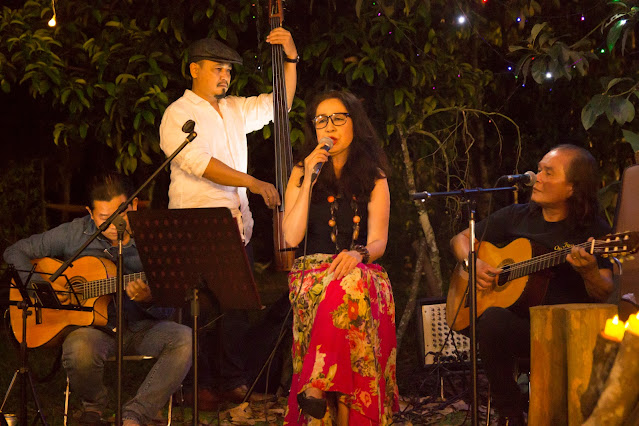 Đêm Nhạc Acoustic Nghệ Thuật Và Lãng Mạn