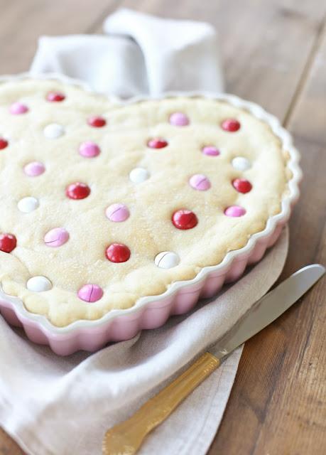 Incredible Sugar Cookie Cake Recipe