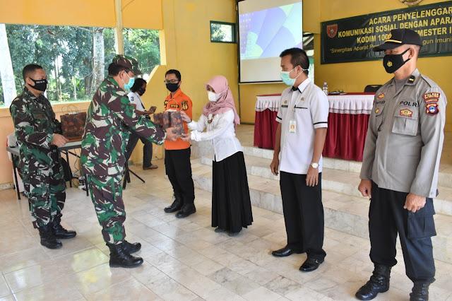 Bangun Imunitas Bangsa Dalam Bingkai NKRI Melalui Komsos Kodim 1002/HST