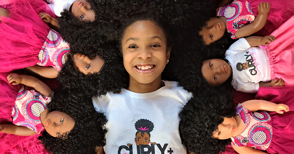 Zoe Oli, 8-year old founder of Beautiful Curly Me