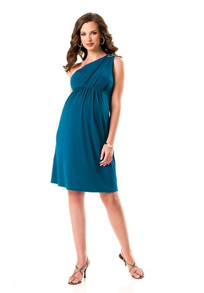 Here you will find gorgeous designer maternity dresses to match every mood and occasion - the perfect baby shower dress, the fail-proof little black (maternity) dress, sexy strapless maternity dresses, classic-chic maternity dresses for work, and elegant maternity formal dresses.