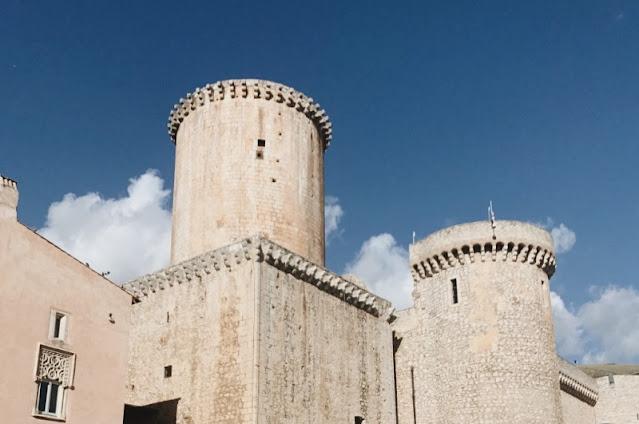 Fondi-castello
