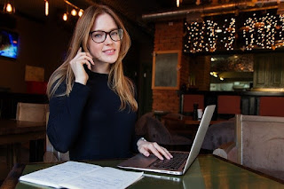 business-lady-woman-girl-computer
