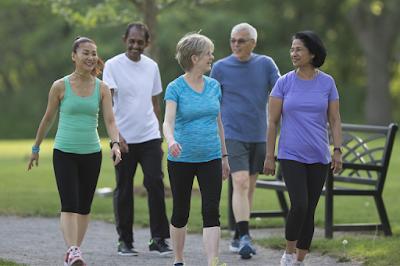 ممارسة رياضة المشي بالطريقة السليمة و الصحيحة