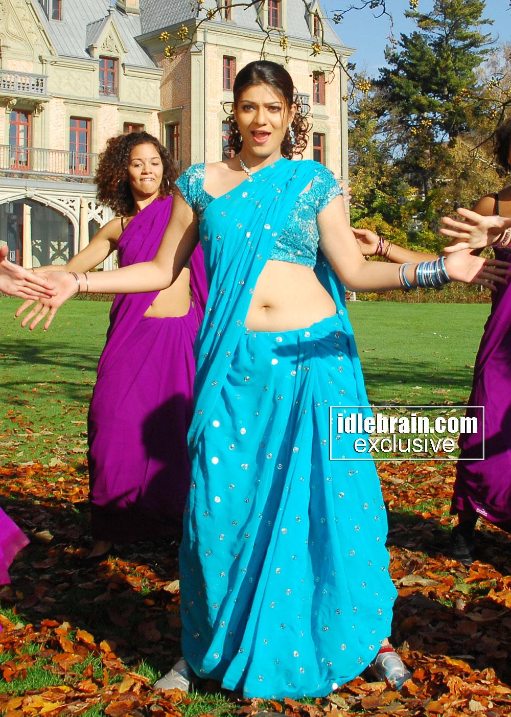 Gsv Pics - Photos With Poetry Siya Hot Actress Deep Navel -4420